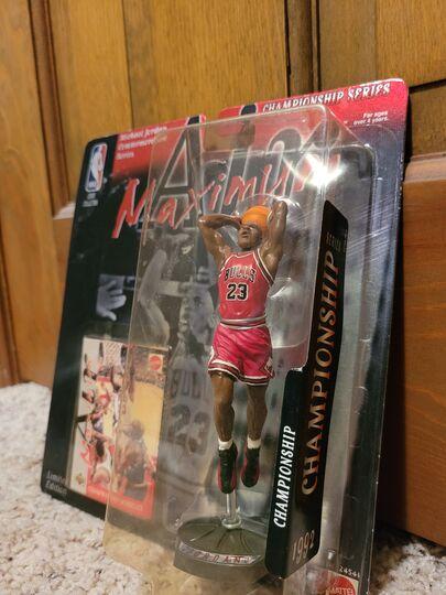1992 Michael Jordan starting lineup Item Image